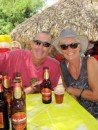 Paul & Kate (Iolea) enjoying a beer and a corriente