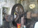 The water wheel turns the crushing machine..JPG