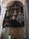 La Catedral de Morelia - This is a giant pipe organ at the back of the cathedral that has over 4,000 pipes. It
