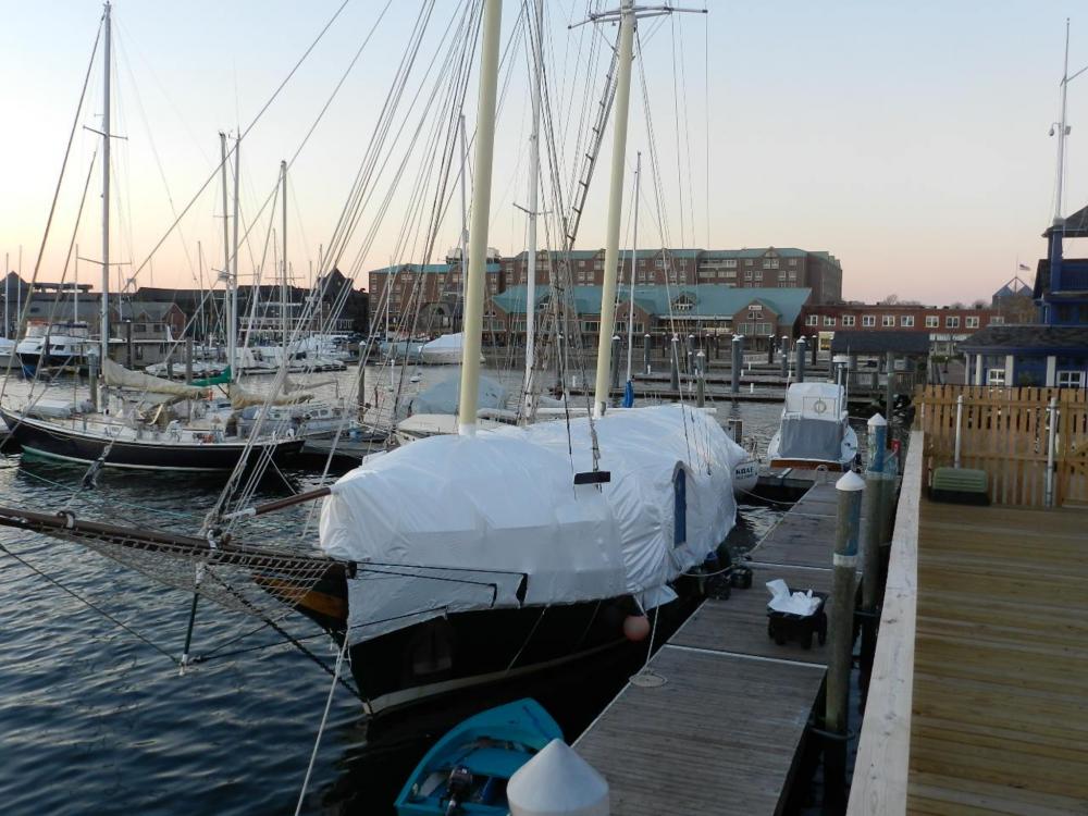 http://www.sailblogs.com/sbgallery/pics/akerr_barefootcruises_com_au/sbd0kwek6/w/image%20(1).png