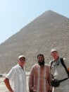 Alan and Lars with Mohammed our taxi driver in Ismailia meet up at Giza.