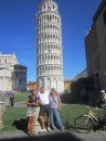 Tiggy, Tina & I in front of Pisa