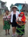 Vicki with 2 kuna ladies in their village in Playon Chico.  They are mother and daughter.  The lady on the right is 3ft 9 ins tall