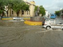 The flooded roundabout on Bastidas Street, Santa Marta.  Note that the cars are going on both sides on the circle for some unknown reason