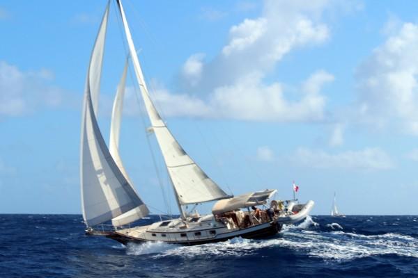http://www.sailblogs.com/sbgallery/pics/guillg2003_yahoo_com/sbdb6071v/w/sbpkkw22.jpg