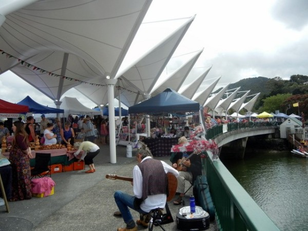 Artisans Market on the bridge