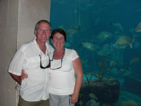 Jacques & Donna at the Aquarium at Atlantis in Nassau, Bahamas