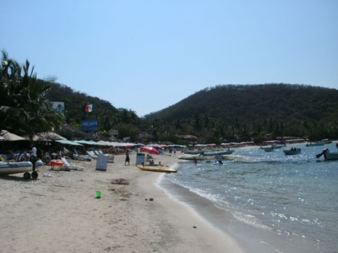 The beach at las Gatas