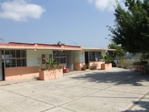 The 2 classrooms at the Colimilla school.