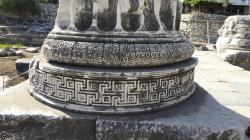 Intricate carving ay the base of the columns