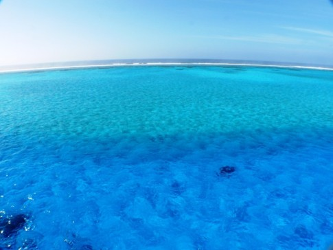 Beveridge Reef from mast with wide angle lens