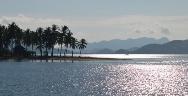 We left El Nido and slowly moved north. Another day in N. Palawan.