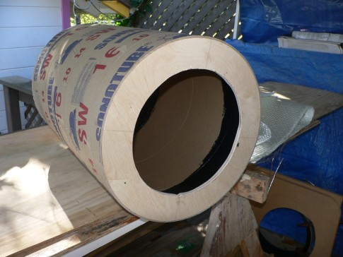 I used cement pillar forms for the rudder drum molds. They had to be perfectly round so it cut rings with a router and fitted them inside. I then waxed the inside and laid up the drums with fiberglass.