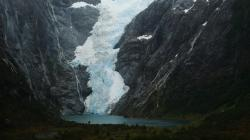 While looking at this glacier we heard a rumble and were treated to an ice-fall into the lake.