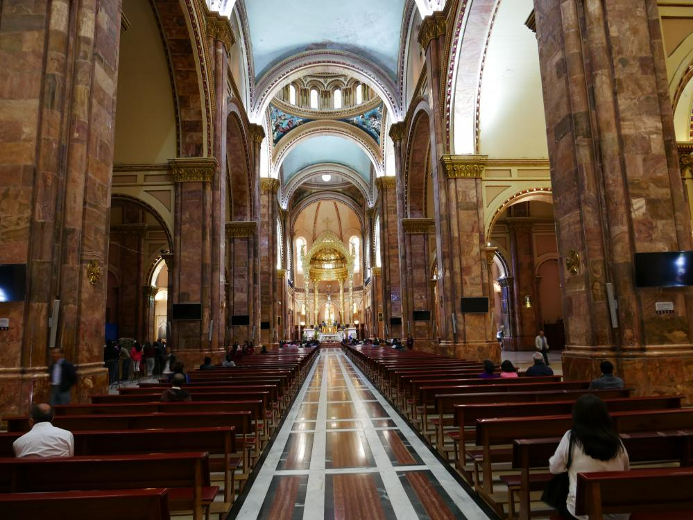 "Inside the San Sebastian cathedral.:  This is the ""new"" cathedral, built in the mid 1800"