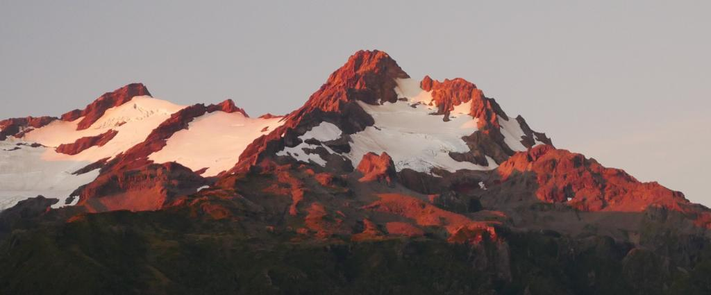 Alpenglow on Monte Yanteles