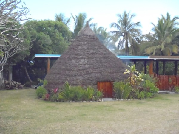 "This is a ""case"", a thatched hut where people sleep or meet."