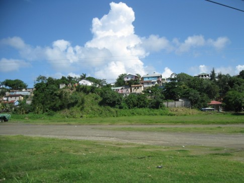 Poor housing, Roatan