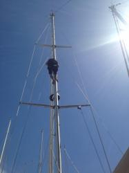03 Rigger: MAYS Rigger doing top to bottom mast inspection