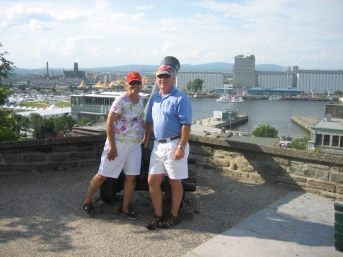 Typical tourist shot taken by some folks from Toronto visiting Quebec City for the first time as well.  Lucky Bird is in the basin below.