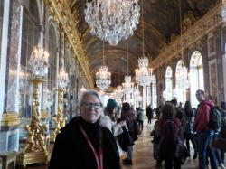 Mol in the hall of mirrors with a couple of hundred of her closest friends