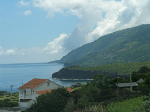 Pico tour 1: Pico- view from roadside