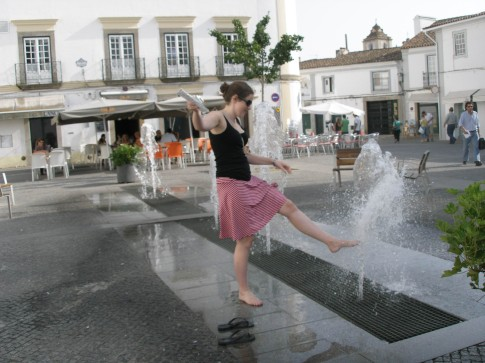 Cooling off in Evora