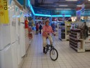 Test ride of our new folding bikes in the Carrefour supermarket