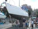 Sven & Liz inspecting the new waterline and topsides paint job.