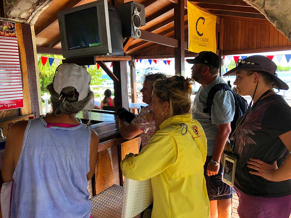After the long dinghy ride debacle, we were all very hungry for a very late lunch. The picture at the top of the wall menu (which didn
