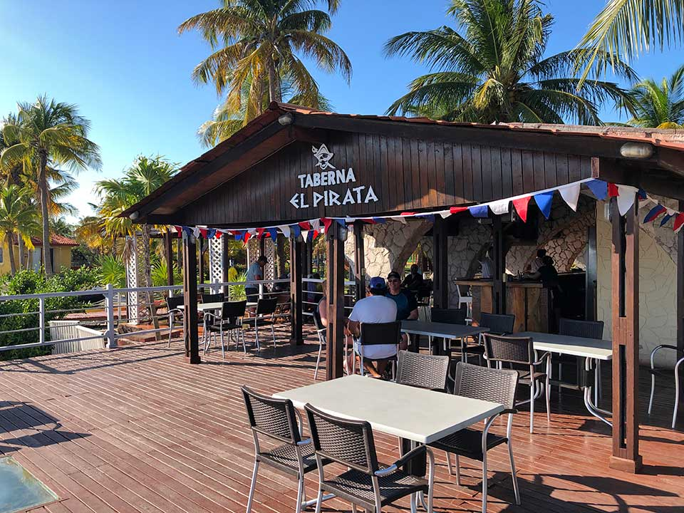 Taberna El Pirata, on Cayo Largo, serving a side of flies with lunch, and a side of mosquitos with dinner, and really mediocre food. But it
