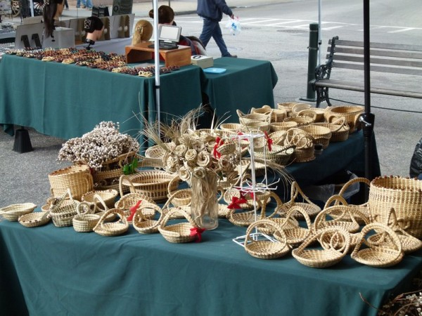 These sweetwater baskets were for sale every where. They were originally made by the slaves in the rice fields.