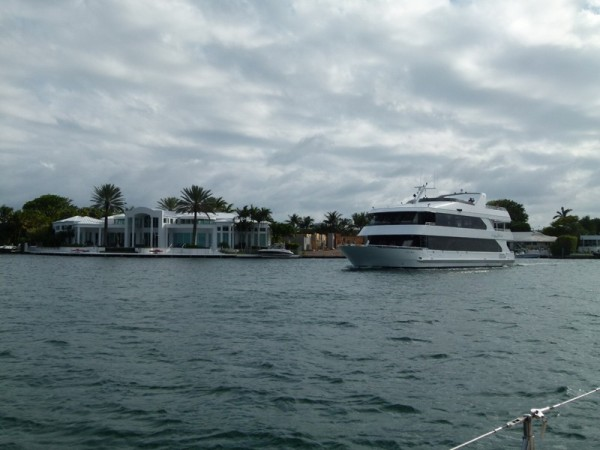 We ended up spending 10 days in Ft. Lauderdale waiting for the right weather for our crossing to the Bahamas.  This is pretty typical of what we saw. Big houses and bigger boats.