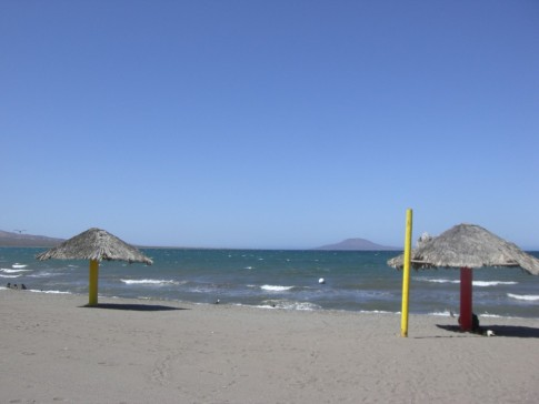 A strong northern wind blowing up on the malecon in Loreto.