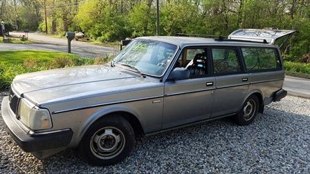 Max - 1988 Volvo 240dl
