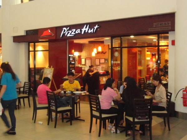Lunch at Pizza Hut in Kota Kinabalu