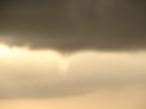 DSC02574: Funnel Cloud - scarey