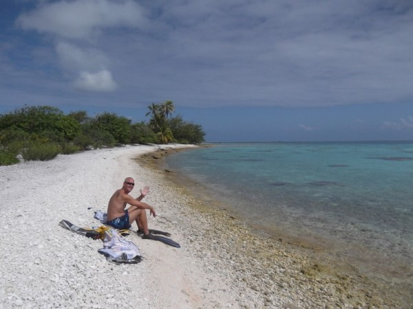 Resting after some great snorkeling on the south end of Fakarava.