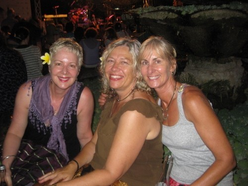 Debbie, Linda and Jackie at Official closing ceremony of Ubud Writers Festival
