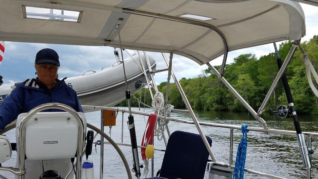 Navigating the ICW: Wooded shores ICW on Easter